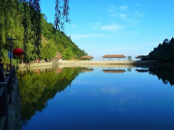 中国北方第一峡谷——金龙峡风景区全攻略