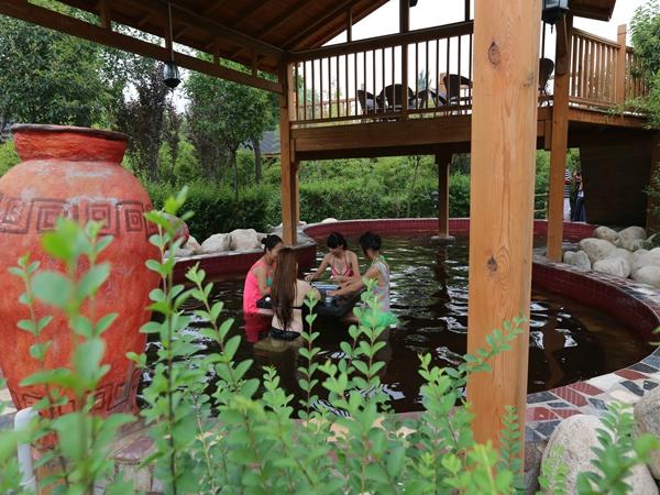 渭水汤苑温泉水上乐园