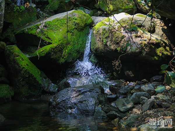 <直通车-柞水九天山1日游> 纳凉避暑22°的夏天 观赏高山瀑布,感受九天神韵、享人间仙境