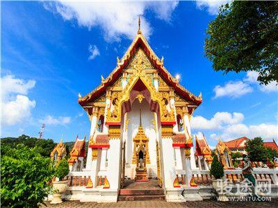 0129096-33592093-泰国庆祖庙-白-远-无