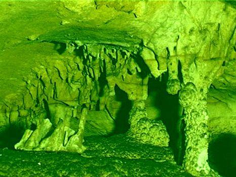 洛南香山溶洞