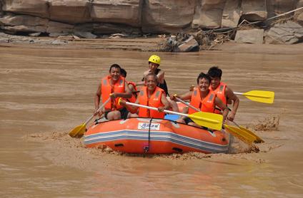 壶口黄河峡谷漂流