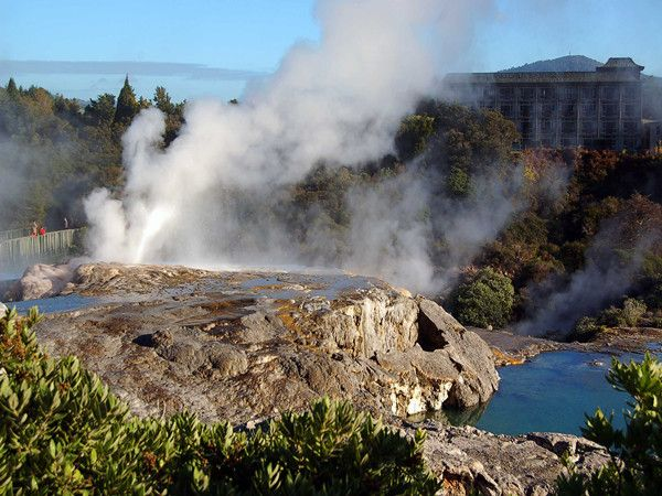 地热保护区及火山喷泉区_副本