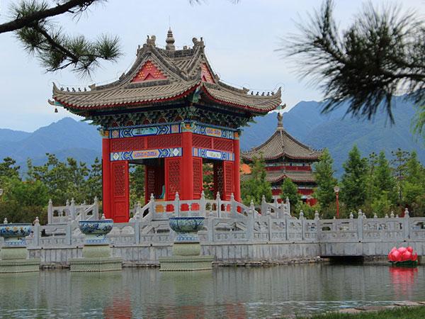 赵公明财神文化景区