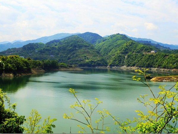 <安康瀛湖-香溪洞休閑2日游>