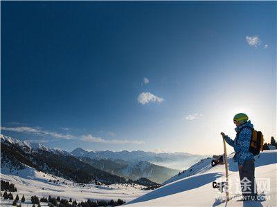 15115206-北欧滑雪