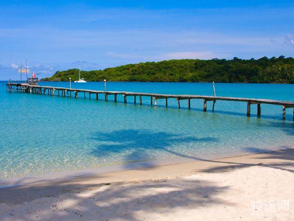 0129035-13014213-泰国珊瑚岛-白-远-无
