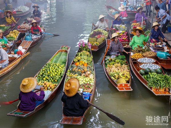 65598199_xxl泰国曼谷水上市场_副本