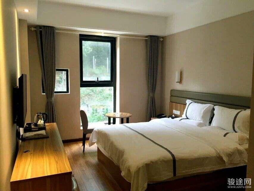 牛背梁景麗酒店